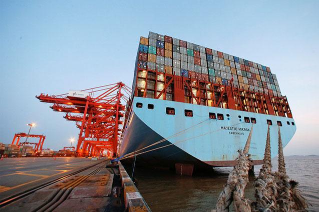 Puertos navieras transporte maritimo barcos buques contenedores - Contenedores de barco ...